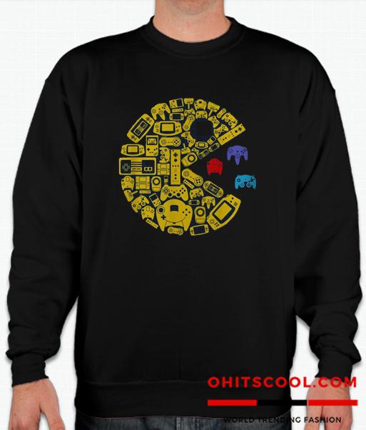 Video gamers classic vintage controller gamer Runway Trend Sweatshirt